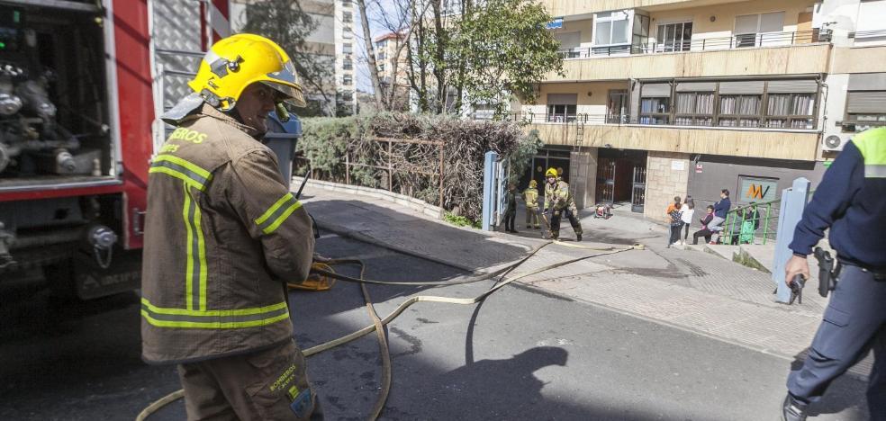 Un calefactor provoca un incendio en una vivienda de la calle Doctor Fleming