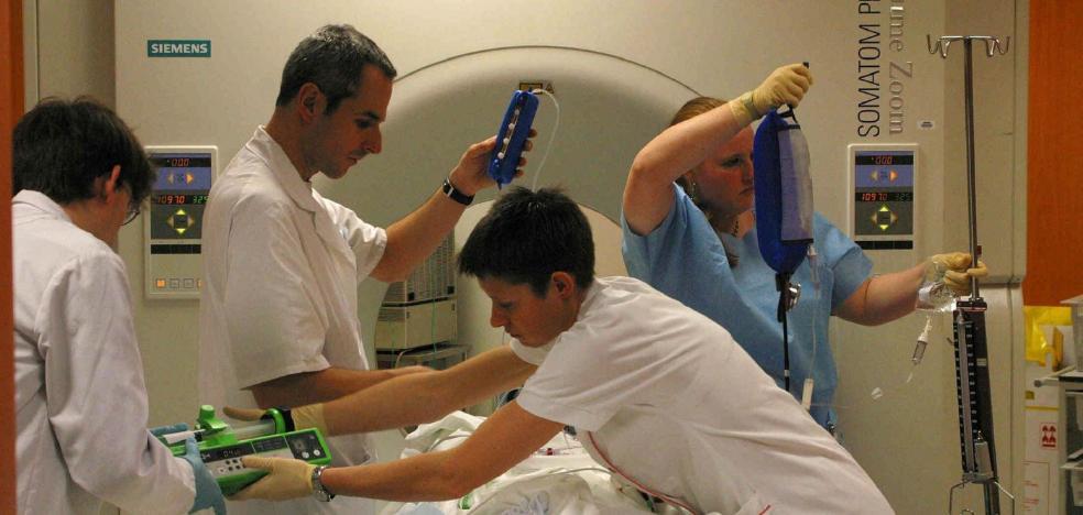 El SES incrementa los incentivos a los equipos médicos para que operen más