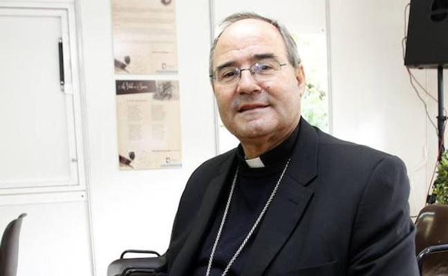 La curia diocesana de Coria-Cáceres se amplía con más laicos y mujeres