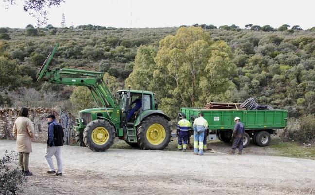 Una docena de subcontratas verán afectados sus negocios por el parón de la mina de litio de Cáceres