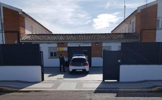 Detienen a un joven por llevarse 4.000 euros de un local de Torrejoncillo en el que trabajaba como camarero