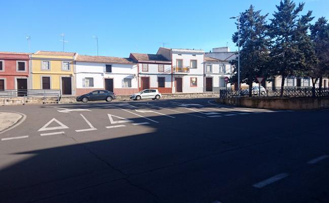 Dos rotondas reordenarán el tráfico de la calle Alcollarín de Don Benito