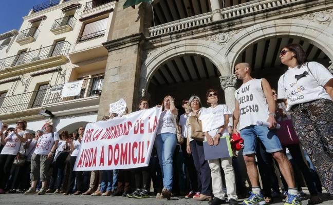 Fijados para junio los juicios de las 56 auxiliares domiciliarias que reclaman más de 350.000 euros