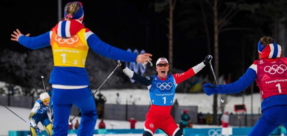La noruega Björgen bate el récord de medallas en unos Juegos Olímpicos de Invierno