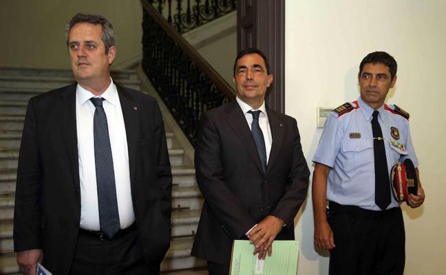 El fiscal pide imputar, junto a Trapero, al resto de la cúpula de los Mossos