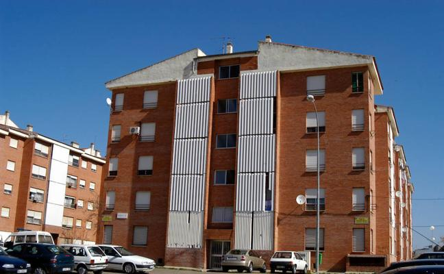 El Estado facilitará a la Junta el traspaso de las viviendas de la Guardia Civil