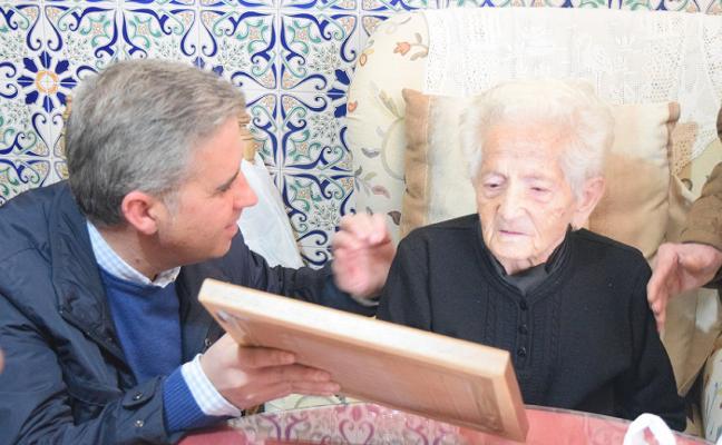 María Isabel Castillo cumple 100 años