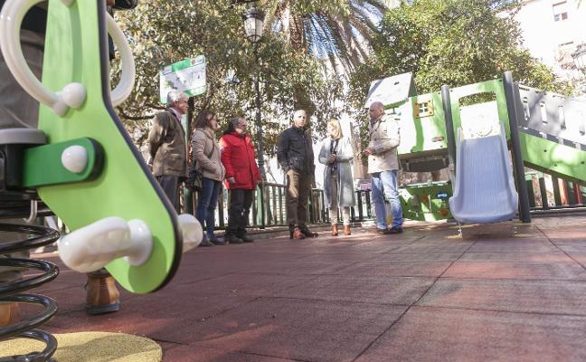 El Paseo de Calvo Sotelo de Cáceres estrena parque infantil adaptado a la diversidad funcional