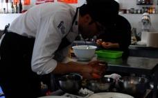 Cocineros de cuatro provincias se baten hoy en el IV Concurso Nacional de Cocina de la Dehesa