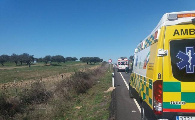 Un fallecido en un accidente entre dos coches en Oliva de la Frontera