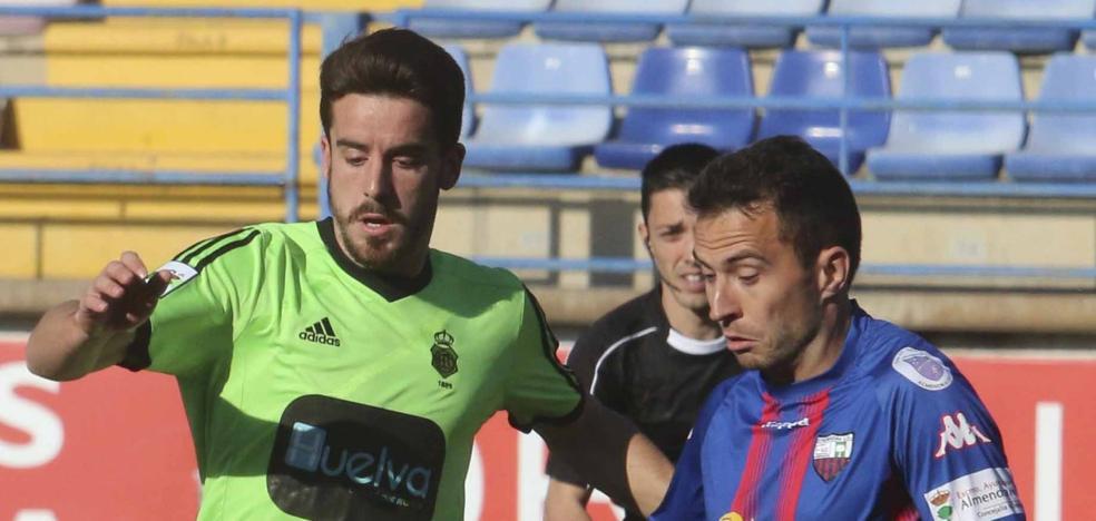 Martín Vázquez logra involucrar en su Extremadura a todo el plantel