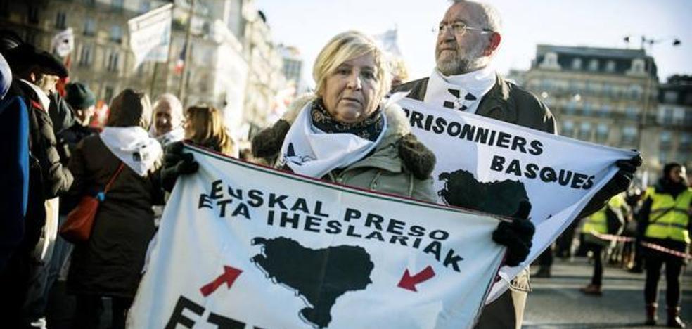 Francia inicia los acercamientos de presos de ETA