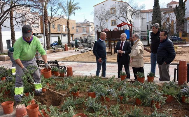 San Roque estrenará el primer césped artificial en un área de juegos infantiles