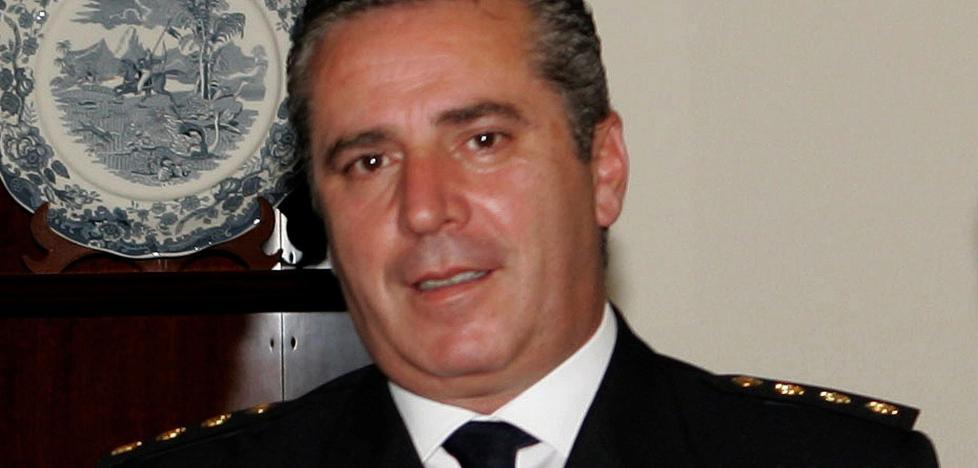 Anticorrupción quiere juzgar por cohecho al exjefe policial de Barajas