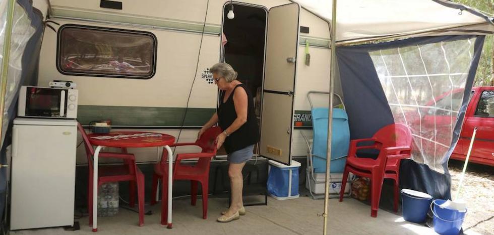 Las pernoctaciones en camping y alojamientos rurales bajan un 12,1% en enero