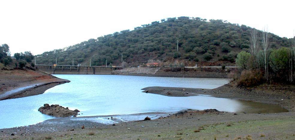 Las últimas lluvias dejan 114 litros en Tentudía y el pantano sube 70 centímetros