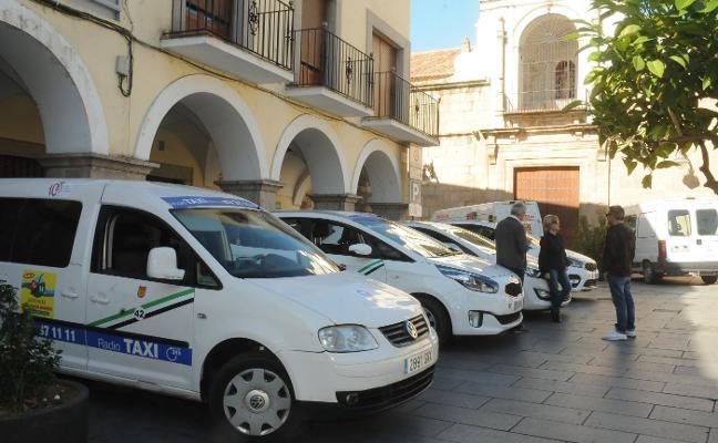 El Supremo obliga a la Junta a permitir más vehículos de alquiler tipo Uber