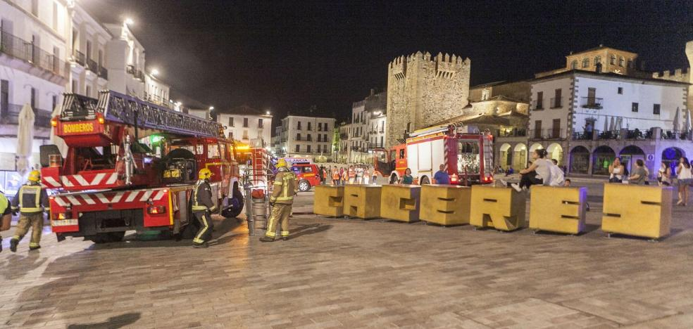Más de un millar de aspirantes a 11 puestos de bombero en la Diputación de Cáceres