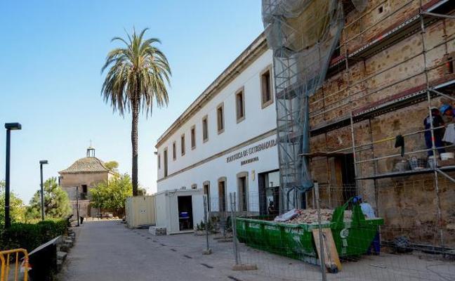 28.650 euros para aparcamientos en el antiguo Ifeba y para profesores en la Alcazaba