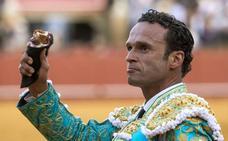 Antonio Ferrera sustituye a 'El Juli' en el mano a mano del domingo con Ginés Marín