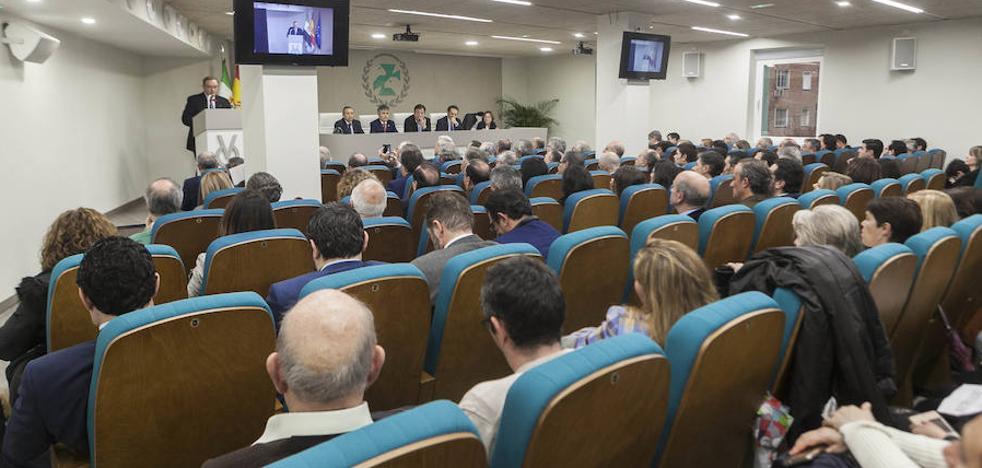 El Colegio de Veterinarios de Cáceres inaugura su nueva sede, la más grande de España