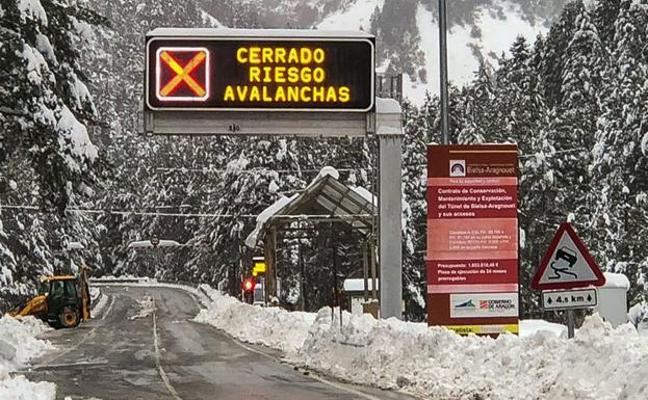 Mueren dos montañeros cántabros en un alud en los Pirineos franceses