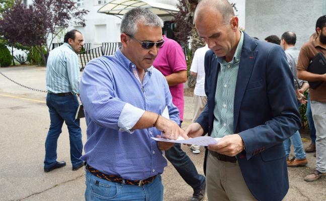Emilio Camacho: «Estas lluvias son muy buenas ante la amenaza de posibles restricciones en el regadío»