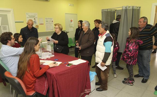 Los vecinos de Aldea del Cano cambian en referéndum el día de la romería