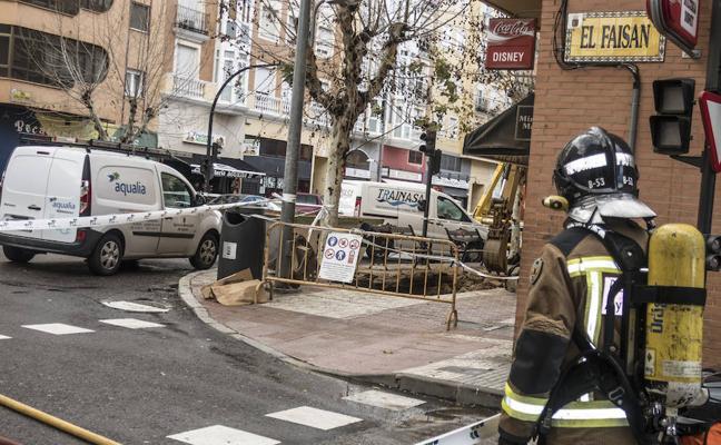Un escape de gas obliga a desalojar 25 bloques y 50 tiendas en San Roque