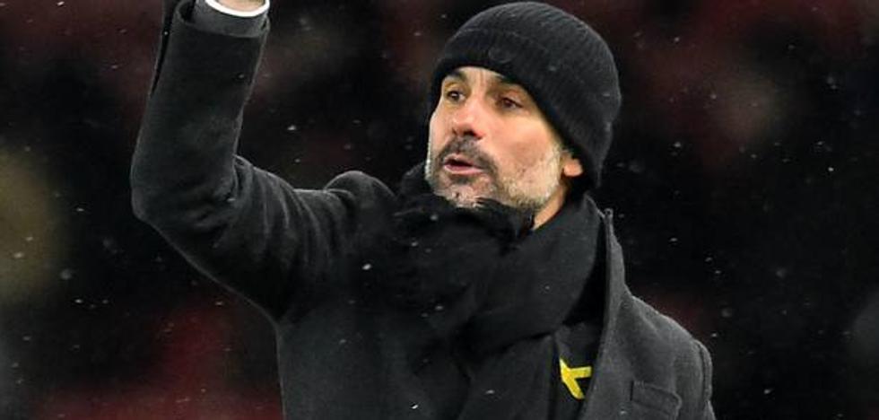 Tebas critica a Guardiola por llevar el lazo amarillo