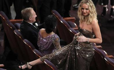 Jennifer Lawrence se salta el protocolo