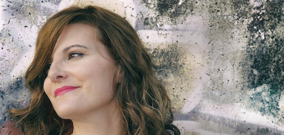La extremeña Mara Miranda presenta este sábado en Badajoz su disco 'Meraki'