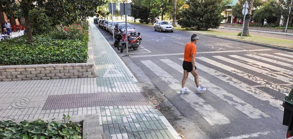 El PSOE pide la supresión del carril bici de Sinforiano Madroñero por peligroso