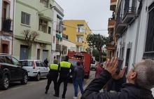 Los bomberos sofocan un incendio en una vivienda de Mérida