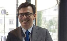 Rajoy elige a Román Escolano como nuevo ministro de Economía