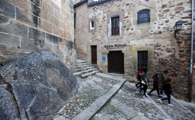 Nace la primera agrupación de apartamentos turísticos del casco viejo de Cáceres
