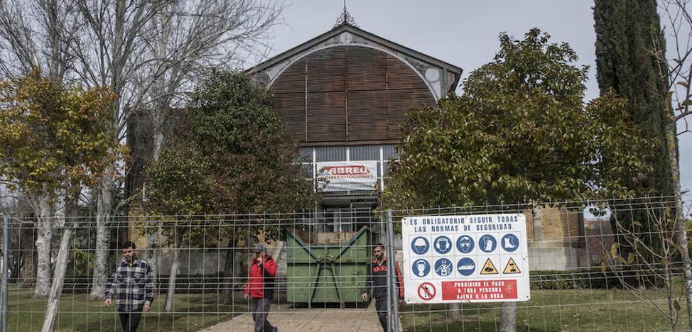 La rehabilitación del Edificio Metálico comienza doce años después de su cierre