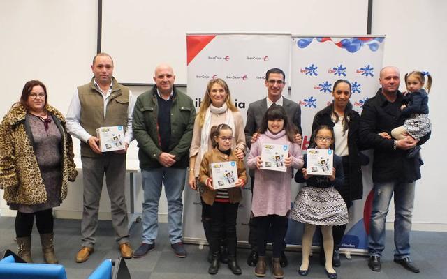 El Club Iberfan entrega los premios a los ganadores del sorteo Iberocio