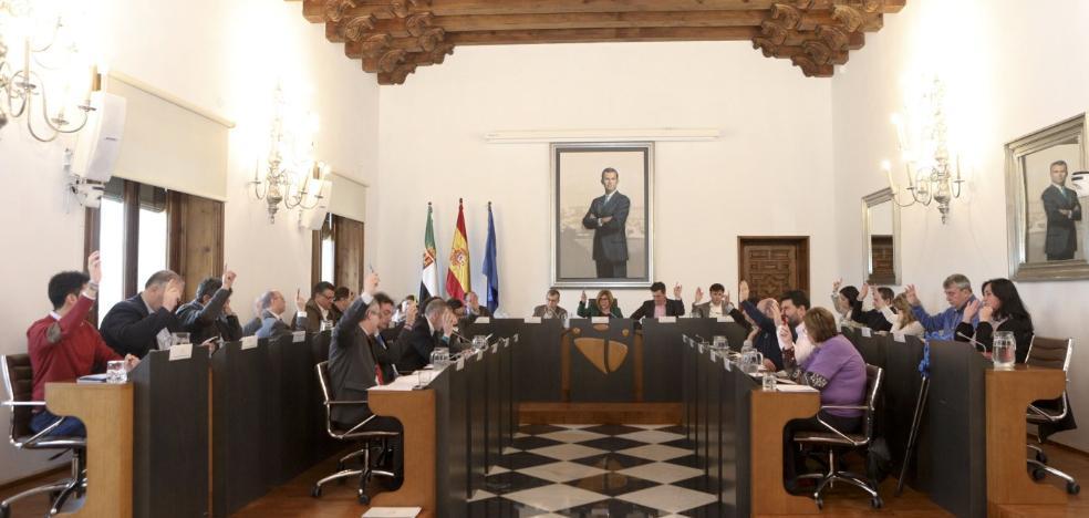 La Diputación de Cáceres destina otros cinco millones para arreglar carreteras