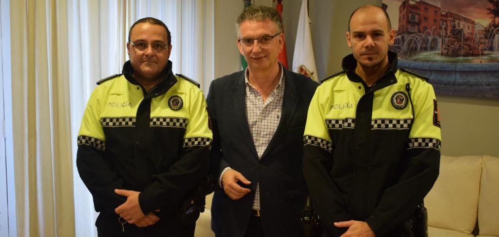Reconocimiento a dos policías de Don Benito