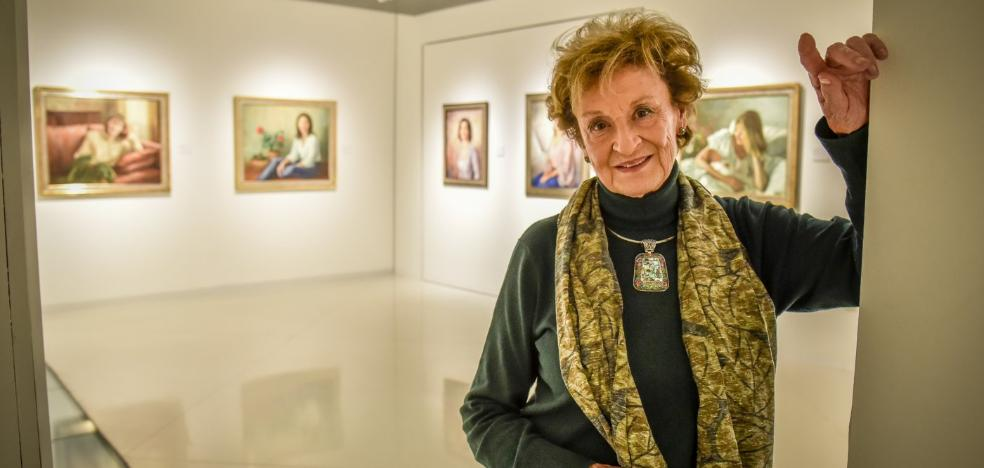 La retratista María Teresa Romero abre camino a las artistas en el MUBA