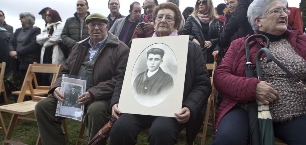 Homenaje en la cárcel vieja a las víctimas del franquismo