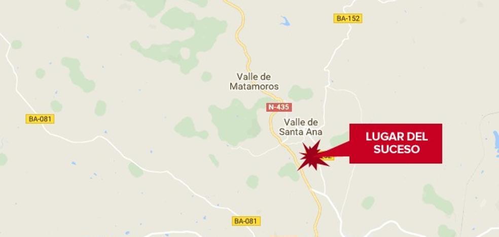 Tres heridos en el choque de dos turismos en Valle de Santa Ana