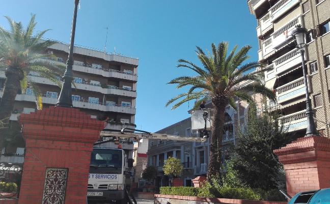 Licitan los servicios de mantenimiento de parques y de caminos por 268.000 euros en Almendralejo