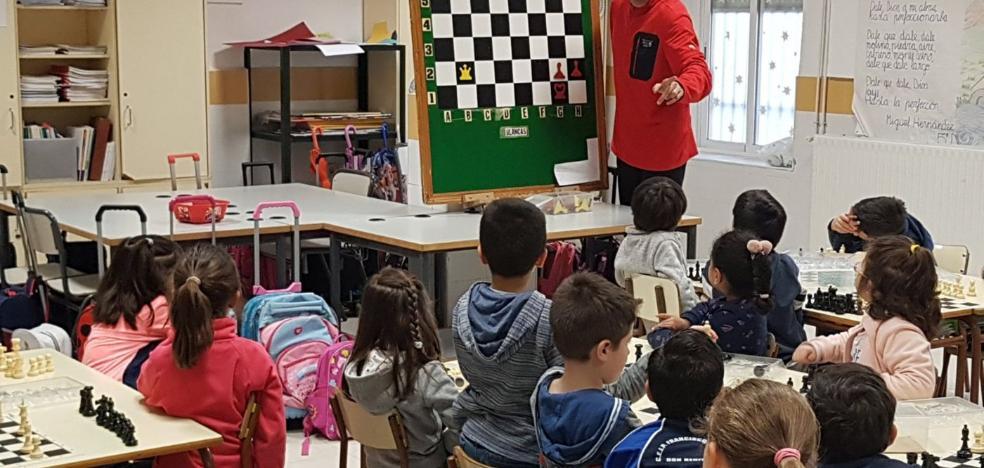 El ajedrez, una herramienta que se cuela en las aulas