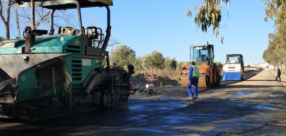 En marcha el plan de asfaltado para la mejora de once calles de Castuera