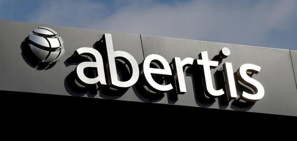 ACS no vendería acciones de Abertis pero sí activos