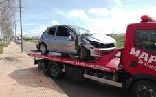 Una conductora atropella a cuatro alumnos de un instituto de Almendralejo