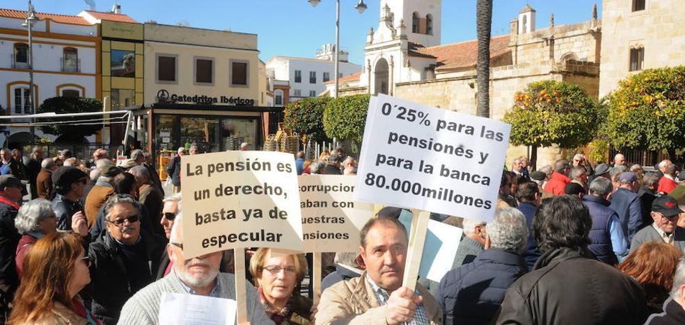 Jubilados de Mérida volverán a concentrarse el 17 de marzo para pedir unas «pensiones dignas»