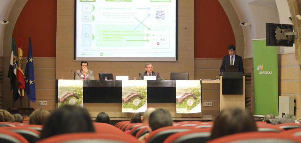 Jornada en Cáceres para explicar cómo se puede combatir la pobreza energética